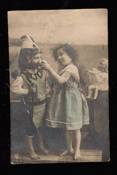 013808 Girl w/ DOLL & Boy in Military UNIFORM w/ Gun PHOTO old