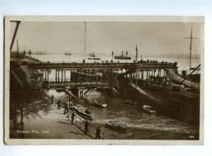 151632 England HULL Victoria Pier Vintage PC