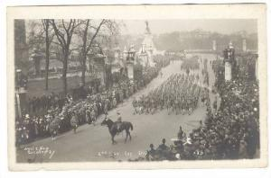 RP; West & Son Photographer, 2nd Canadian Division, Arrival Parade, London, E...