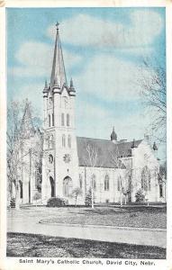 C14/ David City Nebraska Ne Postcard 1940 St Mary's Catholic Church Building