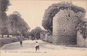 GUERANDE, Loire Atlantique, France, 1900-1910´s; Le Bas-Mail et les Remparts