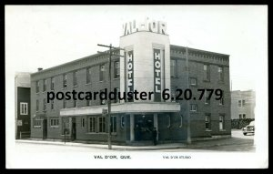 779 - VAL D'OR Quebec 1948 Hotel. Real Photo Postcard