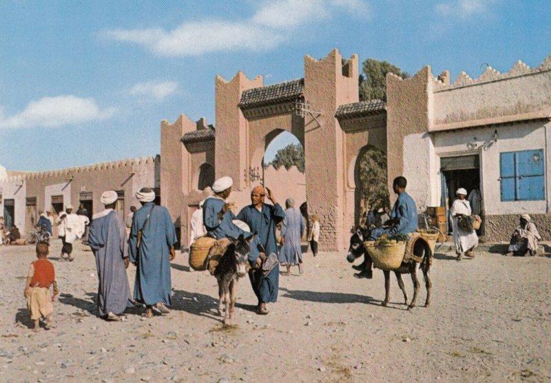 South Morocco , TAFILALET , 1950-70s ; L'entree du Souk