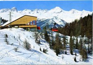 Ski Italy - Cablecar - from Aosta Valley to Grand Grimond - Skiing