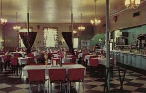 SOMERSET , Kentucky, 1940-60s ;  Greyhound Inn Cafeteria, U.S. Route 27