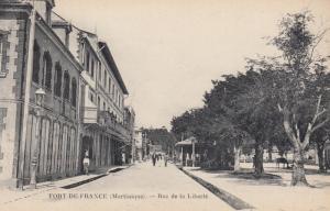 FORT DE FRANCE , Martinque , 00-10s ; Rue de la Liberte