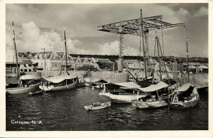 curacao, N.A., WILLEMSTAD, Queen Wilhelmina Bridge & Port Schooner Harbor (1950)