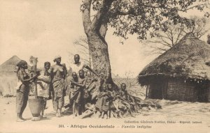 Africa - Afrique Occidentale Familie Indigene Native 04.40