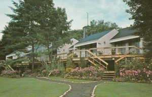 WINDERMERE , Muskoka , Ontario , 1950-60s ; Windermere House