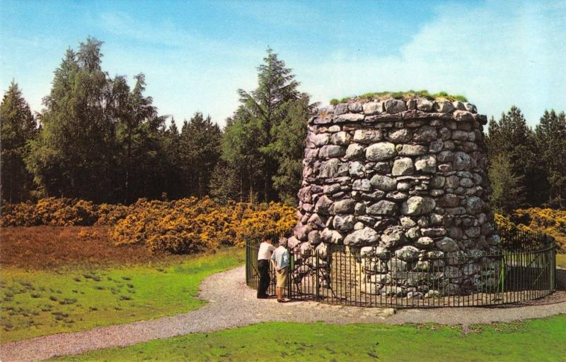Scotland Postcard The Memorial Cairn, Cullooden Moor, Inverness R22