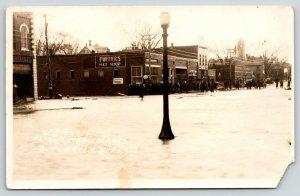 Burlington Kansas~Puffers Hat Shop & Millinery~Crowd Watch 2nd Flood~c1922 RPPC