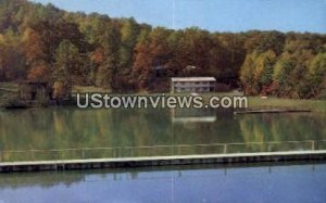 Lake Ridgecrest in Ridgecrest, North Carolina