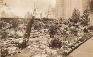 RP, NEW YORK CITY , 10-30s ; Garden at Rockefeller Center