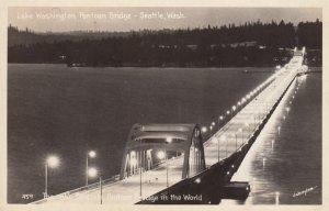 RP: SEATTLE , Washington , 1930-40s ; Pontoon Bridge at night