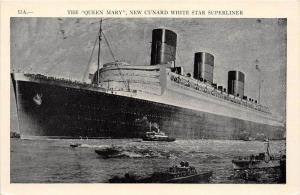 10772 S.S. Queen Mary  Cunard White Star Superliner in harbor