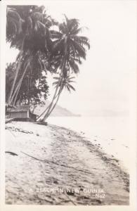 RP: NEW GUINEA , 1940s ; Beach