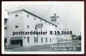 3668 - PORTLAND Michigan 1940s Valley City Milling Factory. Real Photo Postcard