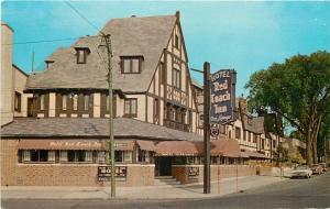 Niagara Falls New York~Red Coach Inn~Hotel Corner~1961 Postcard