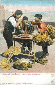 Napoletan costumes monelli mangiamaccheroni children pasta spaghetti food Italy