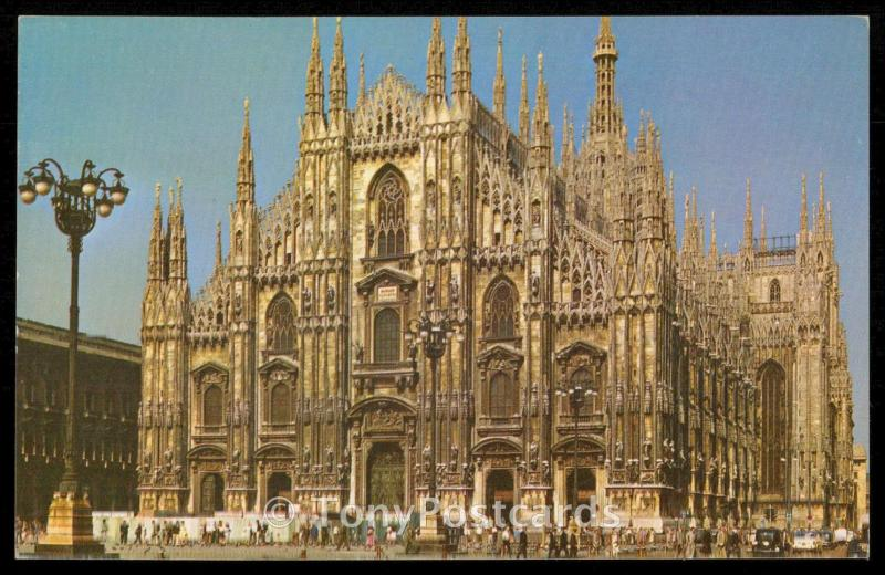 Milan - The Cathedral, from across the Piazza del Duomo