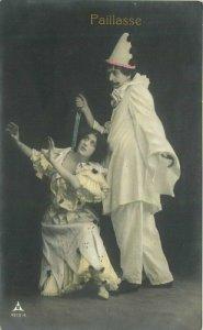 C-1910 Evil Clown Big Knife Woman Actor Papier RPPC Photo Postcard 21-10436