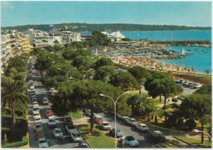 CANNES, La Croisette, Au fond le Palm Beach, unused Postcard