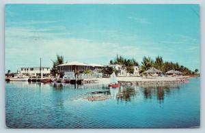 Postcard FL Islamorada Windley Key Pelican Cove Resort & Motel c1960s G23