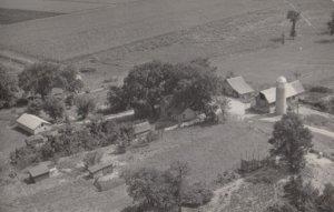 RP: Wisconsin Dells , 1954 ; Farm