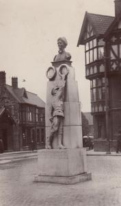 Edith Cavell Memorial Norwich Real Photo  RPC Old Postcard
