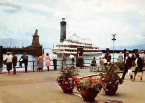 Lindau im Bodensee Hafeneinfahrt Entrance to the Harbour Lighthouse Boat