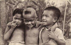 PC CPA SAMOA, PACIFIC, TROIS PETITS CHRÉTIENS, Vintage Postcard (b19452)