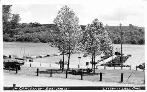 F33/ Leesville Lake Ohio RPPC Postcard c1950s Concession Stand Boats 2