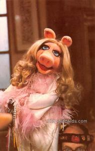 Miss Piggy Movie Star Actor Actress Film Star Postcard, Old Vintage Antique P...