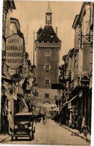 CPA VILLENEUVE-sur-LOT-La Tour et Rue de Paris (263993)