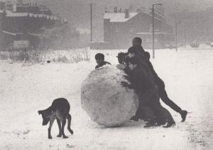 Manchester Snow Giant Snowball At Christmas in the 1960s Rare Postcard