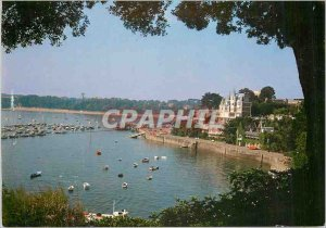 Postcard Modern Dinard (Ille et Vilaine) The walk in the moonlight and the st...
