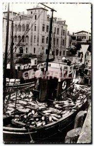 Modern Postcard St Jean de Luz Back to fishing for tuna