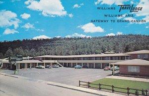 WILLIAMS , Arizona, 1950-60s ; Travelodge ; HWY 66-89, Classic Cars