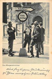 US2911 Das Morgenstandchen Musicians on Street nurnberg germany trumpet