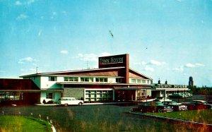 NY - Albany. Town House Motor Hotel