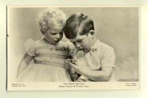Q1804 - Princess Anne & Prince Charles - Royalty postcard