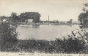 MANTES-SUR-SEINE , France, 00-10s; La Maison Osmont, vue de l'iie aux Dames