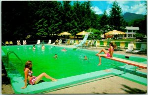 Lincoln, New Hampshire Postcard WOODWARD'S MOTEL Route 3 Roadside Pool Scene