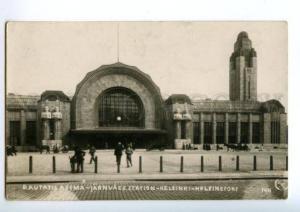 137955 Finland HELSINKI Railway Station Vintage postcard