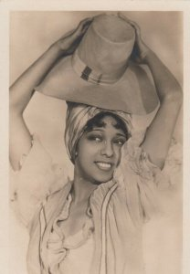 RP: Josephine Baker , Head Portrait with hat, 1920s