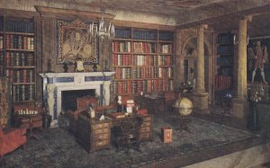 WINDSOR, Berkshire, England, 1900-1910s; The Library, The Queen's Dolls' Hous...