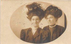 F90/ Wheeling West Virginia RPPC Postcard c1910 Pretty Women Large Hats