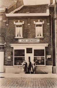 Belgium Gooik Kester Huis DEWEERT advertising AJJA BOULE D'OR glasses shop RPPC