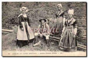 Postcard Old Habits and Veterans kinds Breton Breton costumes (Brittany folkl...