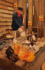 Aalsmeer Holland Fabricant de Sabots, Woodenshoemaker Aalsmeer Fabricant de S...